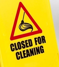 'Closed For Cleaning' sign (PS124CLOSED)
